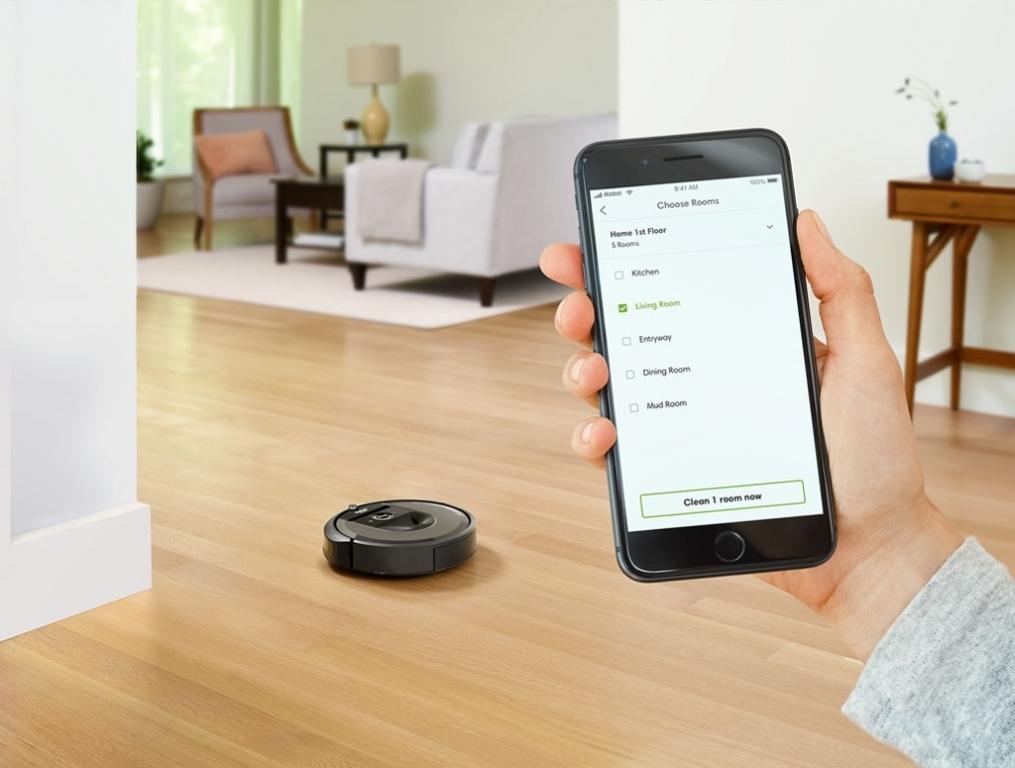 robot sa aplikacijom
